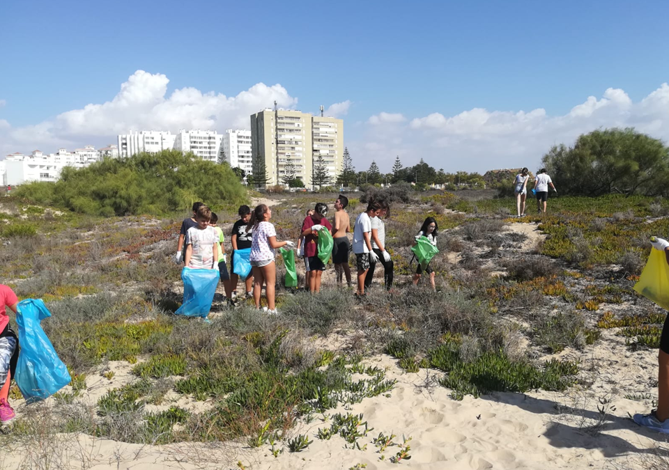 Proyecto Voluntariado ambiental en playas y ríos